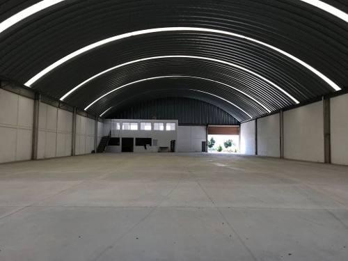 vrt/ nave en renta en micro-parque industrial ubicado en la carretyera querètaro-bernal,