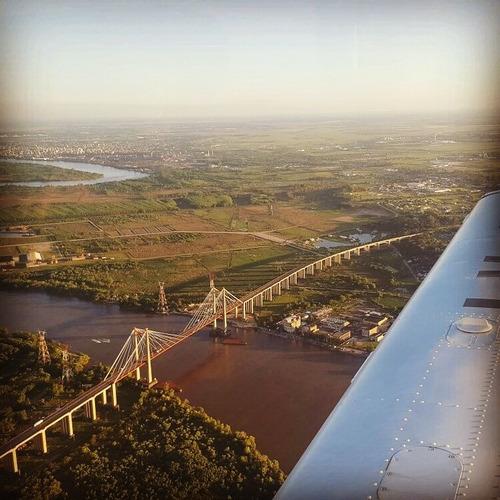 vuelos de bautismo en avión a múltiples destinos.