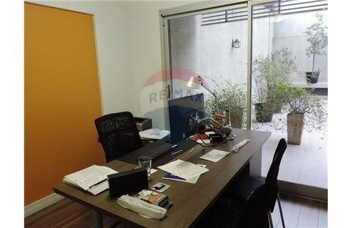 v.urquiza-b.do-ho.oficina en pb 3 amb c/patio