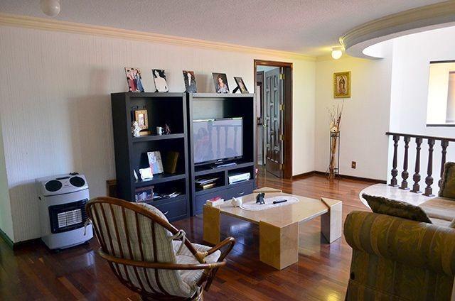 vv475-12.-  elegante residencia en venta en hacienda de vallescondido.