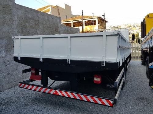 vw 13-190 4x2 ano 2013/2014 carroceria em aço 7 metros