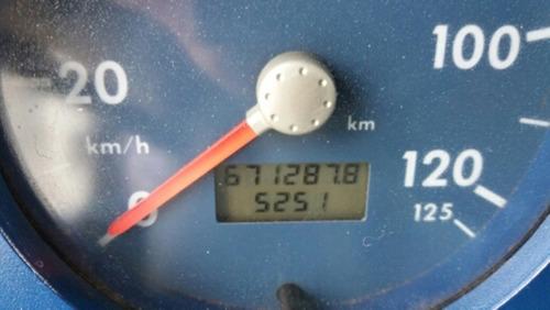 vw 13.180, ano 2001/01, baú de alumínio 6,80x2,60x2,50 mts.