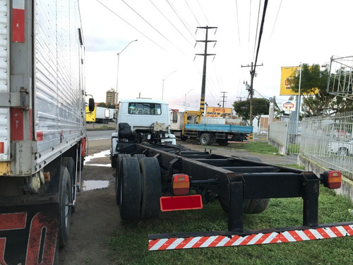 vw 15180 truck/ ano 2009/ no chassi