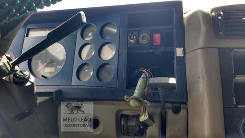 vw 18-310 titan - 04/04 - cavalo toco, pneus 1/2 vida