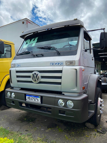 vw 23220 truck chassi com ar ano 03*04