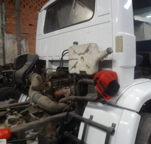 vw 23220 truck no chassi   ano  2004