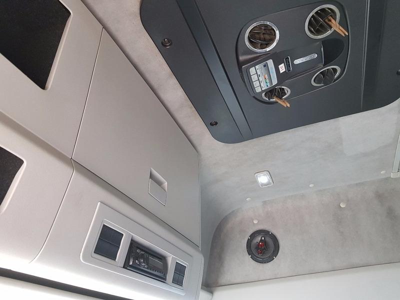 vw 24250 bitruck bau teto alto 2011 8x2 n p310 p250 24280