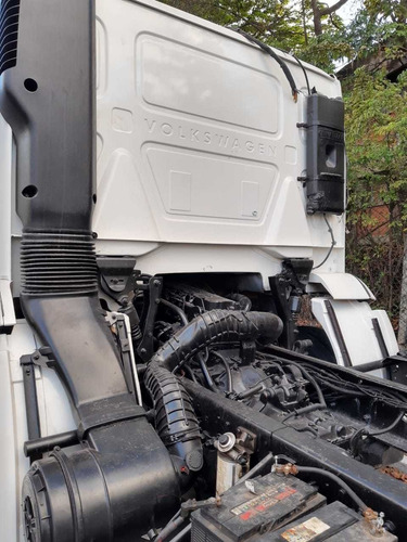 vw 24250  consteletion truck  no chassi ano 2011