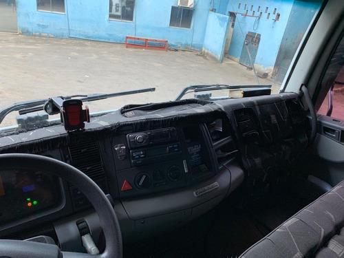 vw 25370 6x2 com serviço