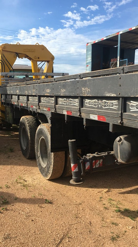 vw 26-220 6x4 munck cap 20 toneladas