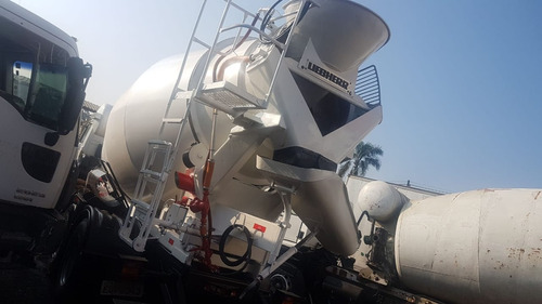 vw 26260 betoneira liebherr 2010