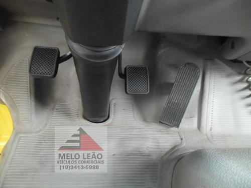 vw 8-120 euro 3 - 06/06 - baú alumínio, pneus bons