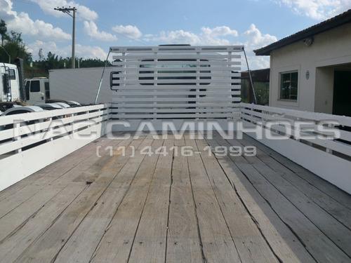 vw 8120 euro 3 2010 carroceria de madeira 5,50 x 2,20