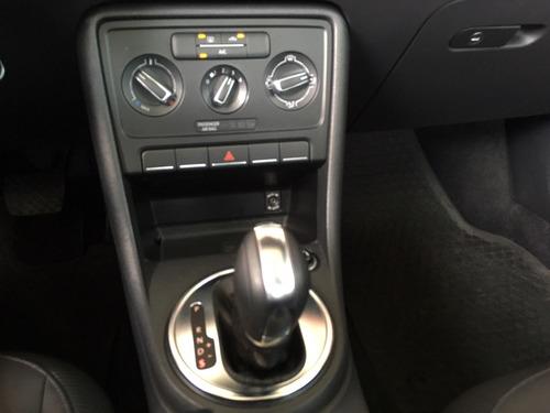 vw beetle sport aut. a/ac piel q/c ee 6 cd r-17 2.5 l 170 h