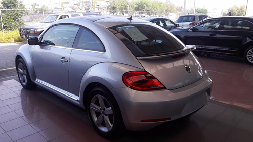 vw beetle sport std 2016 plata 17,465  kms