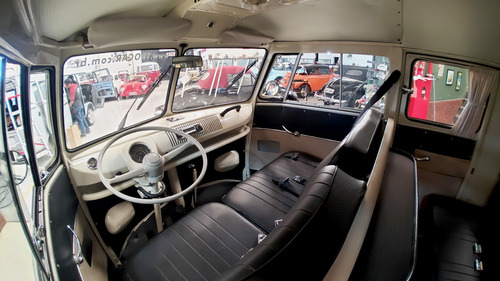 vw kombi luxo original 06 portas 1500 placa preta ano 1975
