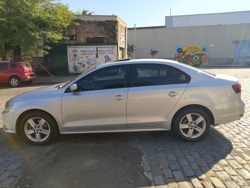 vw vento advance plus, 2.5 mt, año 2016, service oficiales!!