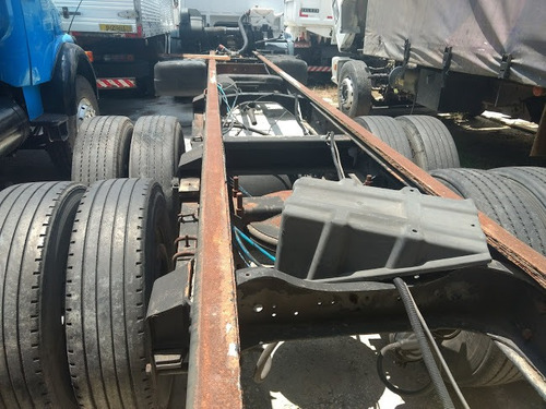vw work 17.210 6x2 ano 2001 chassis