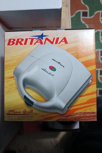 waflera-mini grill britania