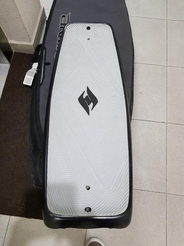wakeskate  - wake - surf wakeboard surf