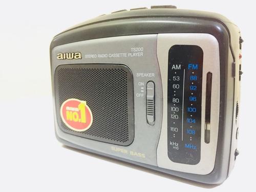 walkman aiwa hs-ts200 na caixa toca fitas rádio am fm