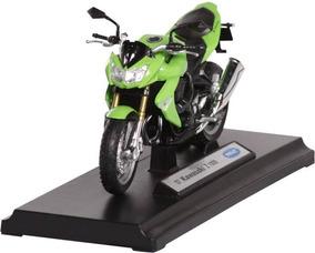 Kawasaki Z 1000 Naked Z1000 Ficha Tecnica Vehículos A Escala Motos