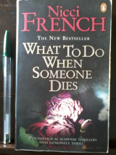 what to do when someone dies  - nicci french - en inglés