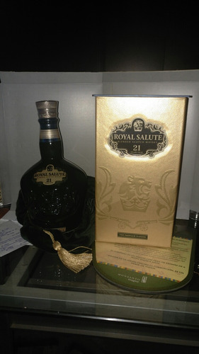 whisky chivas regal royal salute 21 años