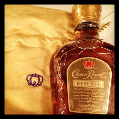 whisky crown royal reserve 750ml en estuche canadian whisky