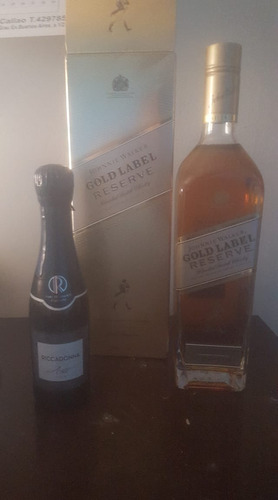 whisky etiqueta dorada + espumante riccadonna