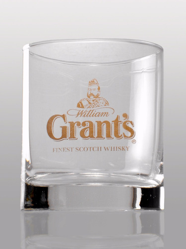 whisky grants con vaso de regalo escoces envio gratis caba
