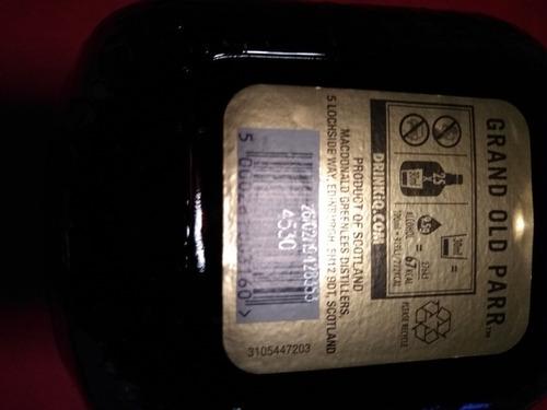 whisky old parr 12 años, en $26 incluye reparto a domicilio.