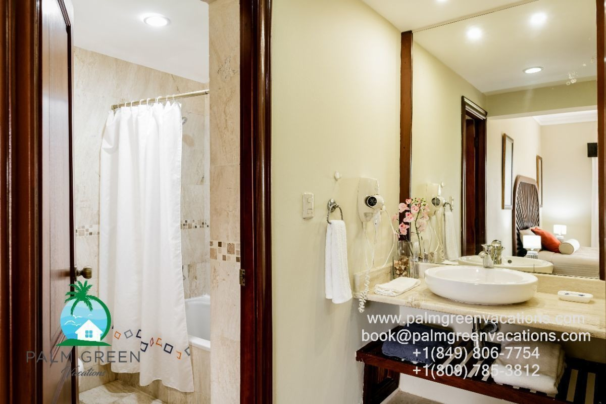 whitesands punta cana 1,2,3 dormitorios electricidad incluida en la estadia.