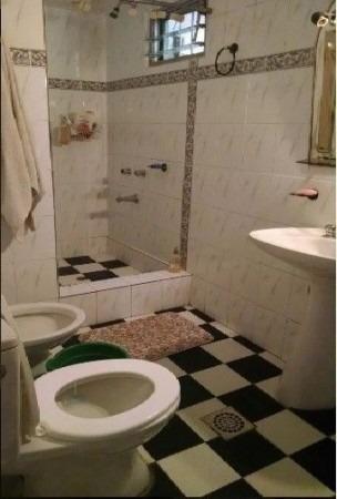 wilde - avellaneda. venta de dpto tipo casa, en planta alta. 3 ambientes, en buen estado apto credito