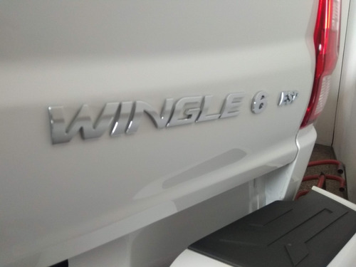 wingle 6 4x2 doble cabina dignity