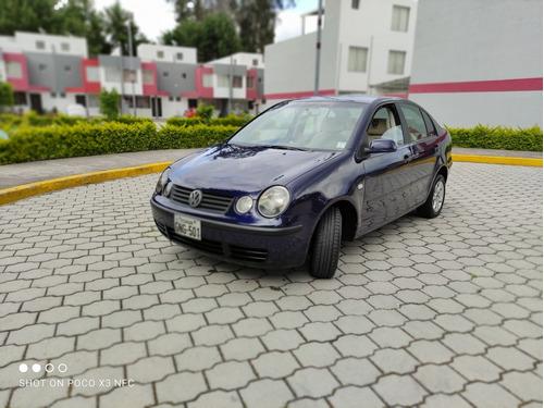 wolkswagen polo  1.6 sedan