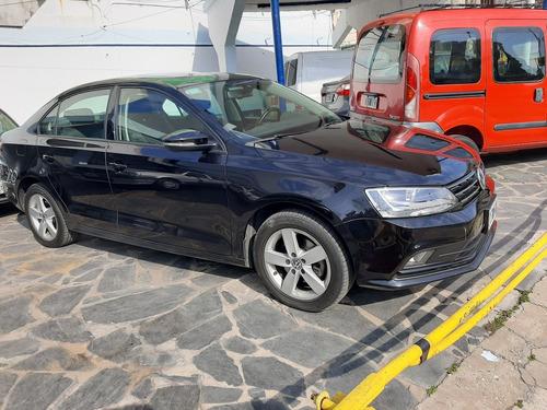 wolkswagen vento advanced 2.5 170hp tiptronic 2015