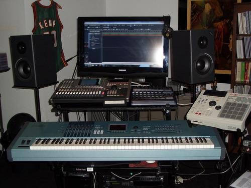workstation  ws8700 para estudio musical de 2 pisos paral