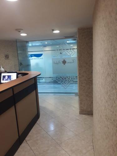 wtc, oficina en venta, piso 18 de 102.43 m2 con bodega.