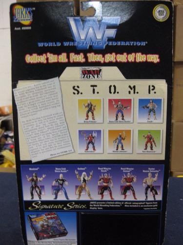 wwf s.t.o.m.p. war zone series 1 - ahmed johnson