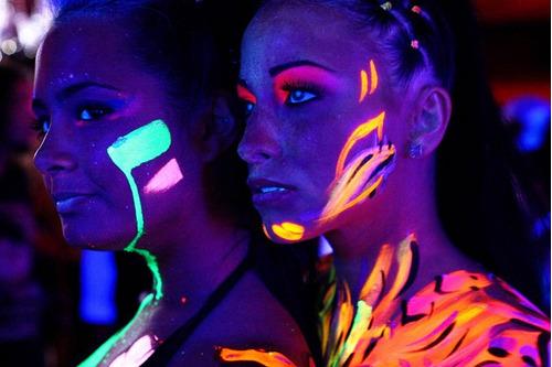 x2 luz ultravioleta led uv negra fiesta flúor gratis enchufe