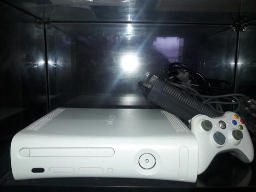 xbox 360 + 1 controle original + 10 jogos (é desbloque...)