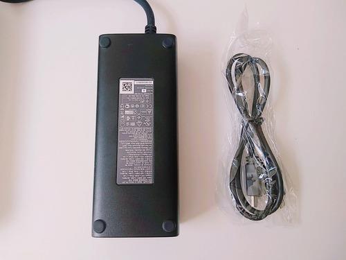 xbox 360  2 controle kinect  na caixa  3 jogos originais