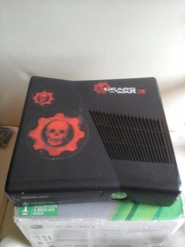 xbox 360 250 gb slim original + 1 joystick -  poco uso