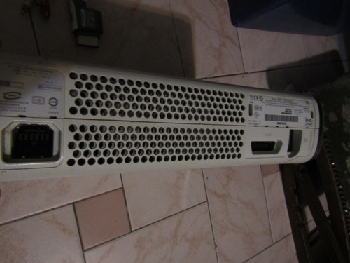 xbox 360 original con caja y joystick (leer discripcion)