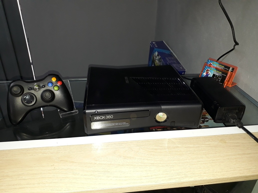 Xbox 360 Slim 250gb , Ltu , Com 5 Jogos!