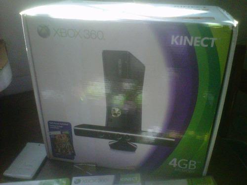 xbox 360 slim 4 gb y sensor kinect, 2 controles y 5 juegos