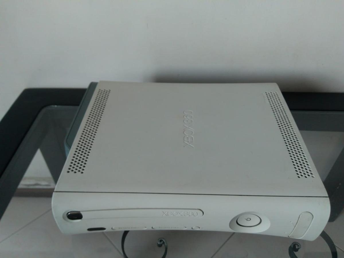 Xbox 360 Slim Blanco Con Dos Controles Y Cables Originales