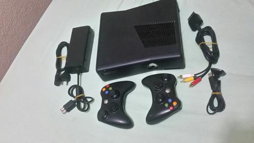xbox 360 slim desbloqueado, joga online.