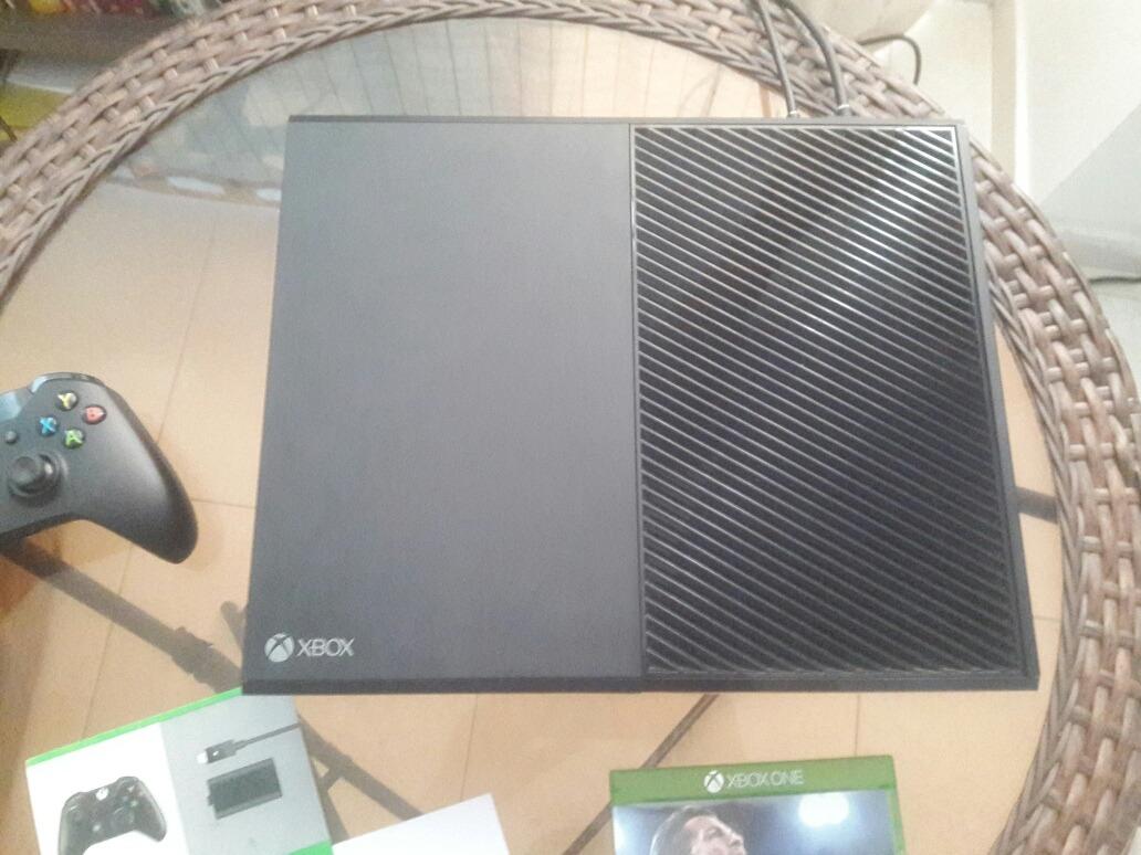 Xbox One 1 Tera 42 Juegos Y Fifa 2018 Como Nuevo Sin Caja